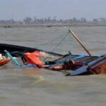 160 people feared after boat capsizes in Nigeria