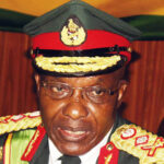 Zim army commander dies from cancer