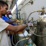 Sudanese search for oxygen cylinders